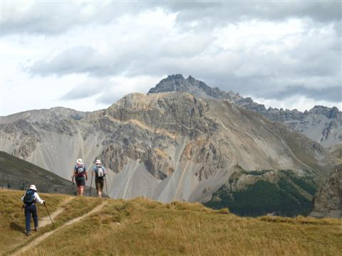guided walking above arvieux valley in Queyras region of France
