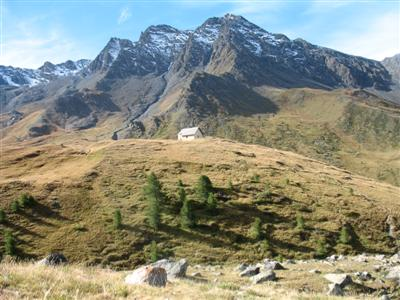 independent walking trekking holiday French alps queyras walk from st veran