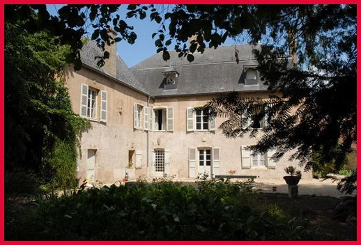 maison gardes cluny guest house in France Burgundy