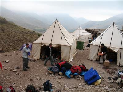 Cooking and Dining Tents near Tacheddirt