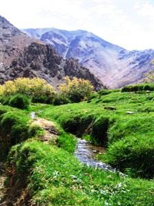 fertile valley High Atlas trekking in Morocco