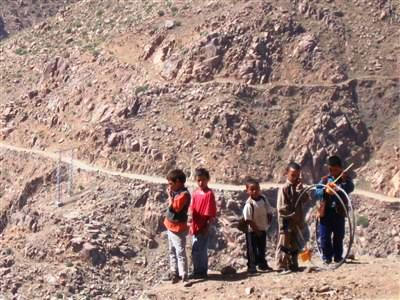 berber children in village whilst on trek