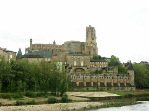 Historic cathedral at Albi in Tarn France - self catering rental at Le Claouzet walking holiday