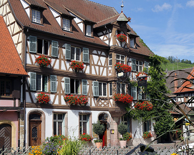 deux clefs turckheim Alsace France independent walking holiday