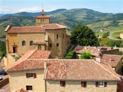 beaujolais village in France on independent walks
