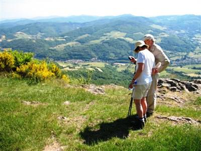 Beaujeu Beaujolais France guided walking holidays tours