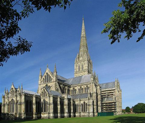Salisbury Cathedral independent walking holiday in England wessex