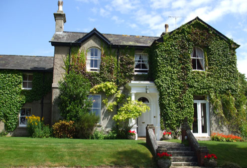 Accommodation at Farham in cranborne chase dorset wiltshire in south England walking tour
