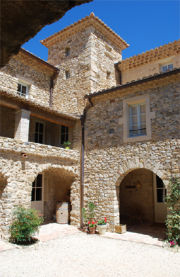 domaine provensol vineyard cote du rhone self guided walking holiday