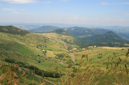 independent walking holiday haute loire auvergne France