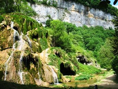 Tuffs waterfall baume les messieurs Jura France guided walking holidays tours