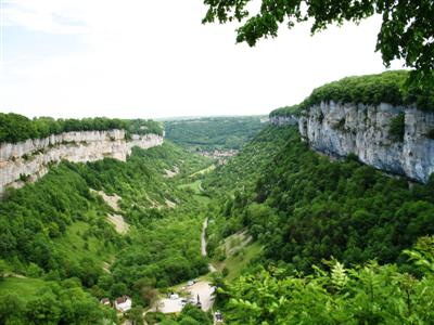 Baume les messieurs Jura France guided walking holiday