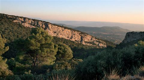 French walking holiday in Luberon Provence views