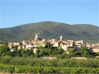 Lourmarin village guided walking in France Provence luberon