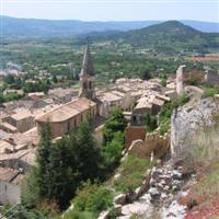 st saturnin les apt village in luberon walking holiday provence france