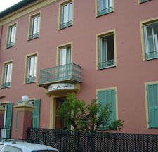 Accommodation hotel marcellin cote d'azur walking holiday