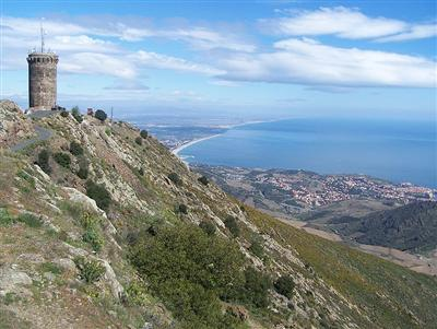 tour madeloc south France self guided walking holiday