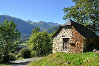 historic buildings walking tour in France pyrenees