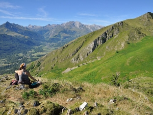 French walking holiday Pyrenees Azun Valley