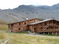 refuge agnel in Queyras used for 2 nights on alpine trekking tour