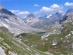 guided and independent walking holidays based at Pralognan vanoise, France