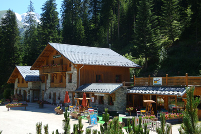 hotel epicea trekking tour of Vanoise walking French Alps
